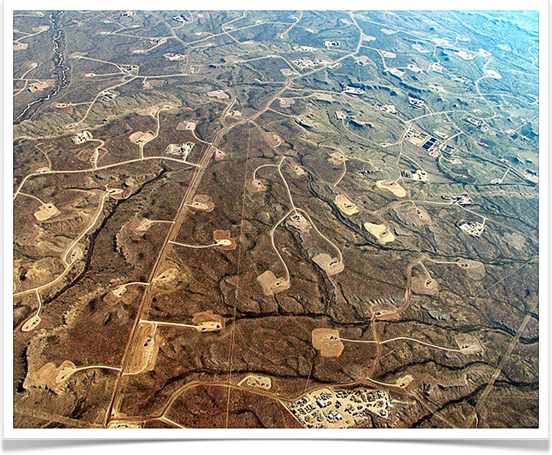 Fracking in Wyoming, USA. Photo via The Equation.