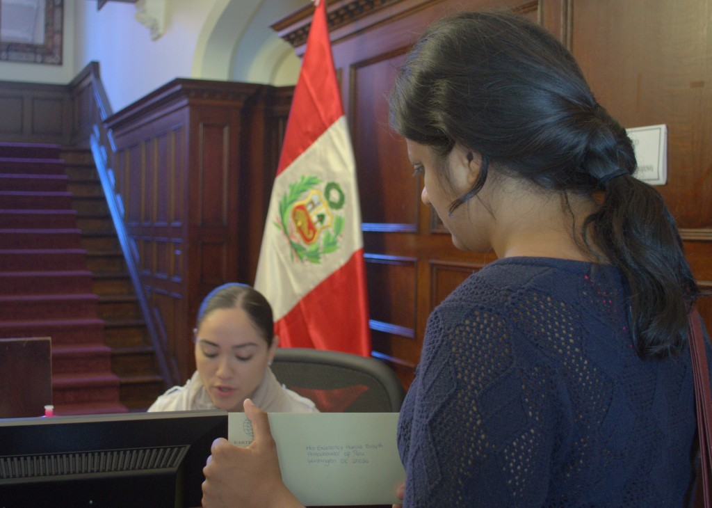 Shreema Mehta from Earthworks delivers the letter to the Peruvian Embassy.